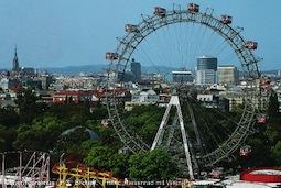 Prater: Riesenrad mit Wien-Panorama